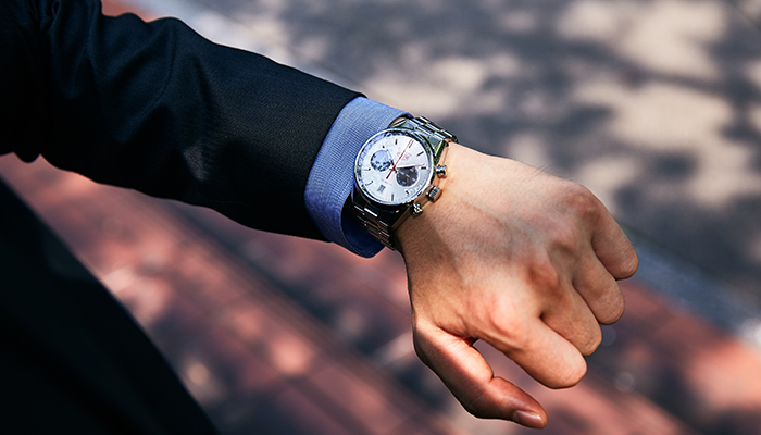 finest selection c460a 87548 正規店、並行店どちらで買うのが得?腕時計お勧め購入ガイド ...