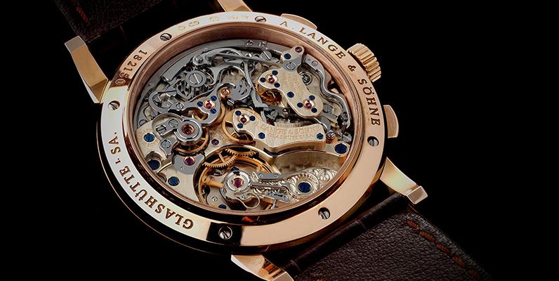 時計のムーブメントとは?意味や歴史、よくある疑問を徹底解説!