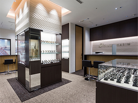 Ginza NINE (Rolex specialty store)